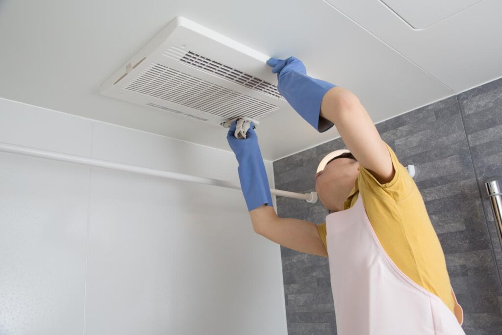 浴室乾燥機をクリーニングでしっかりお手入れ